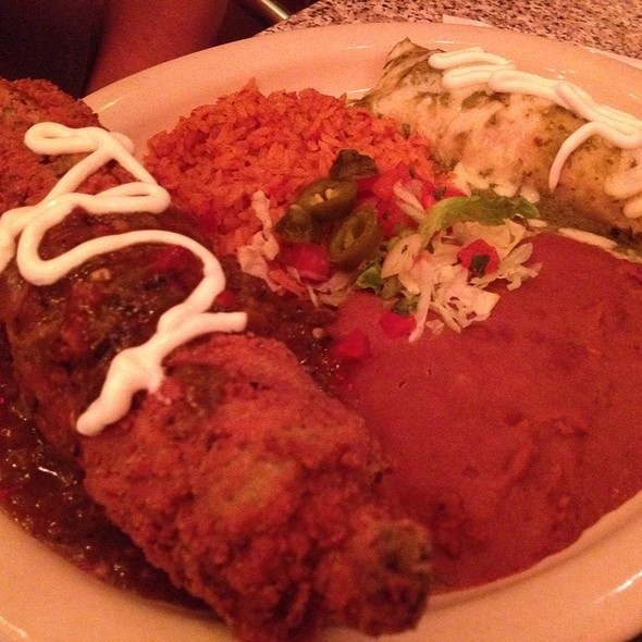 Verde Enchilada And Chile Relleno Combo Plate