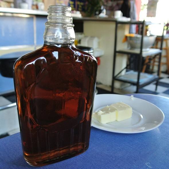 Maple Syrup @ Carman's Country Kitchen