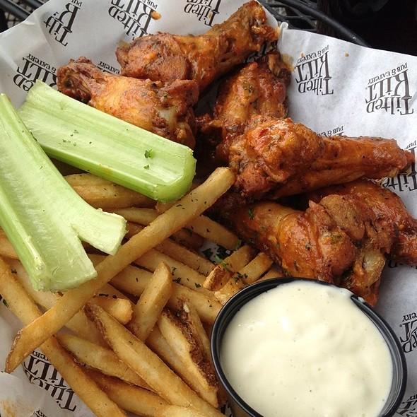 Kilt Burner Wings @ Tilted Kilt Pub & Eatery