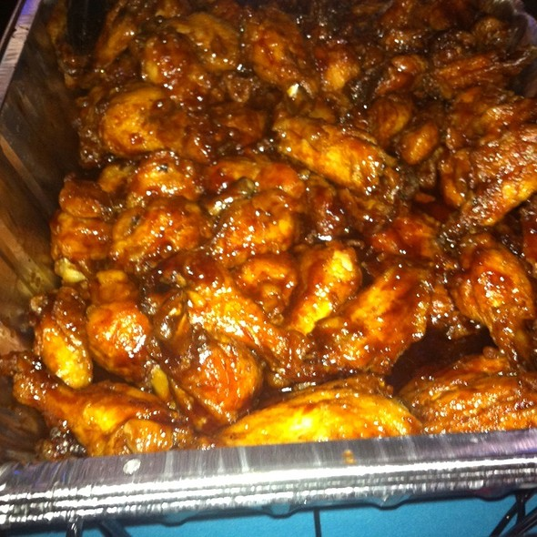bbq wings - Mother's Federal Hill Grille, Baltimore, MD