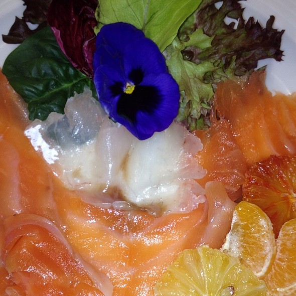 Tris Di Pesce Nobile Con Frutta Caramellata @ Ristorante Villa Biffi