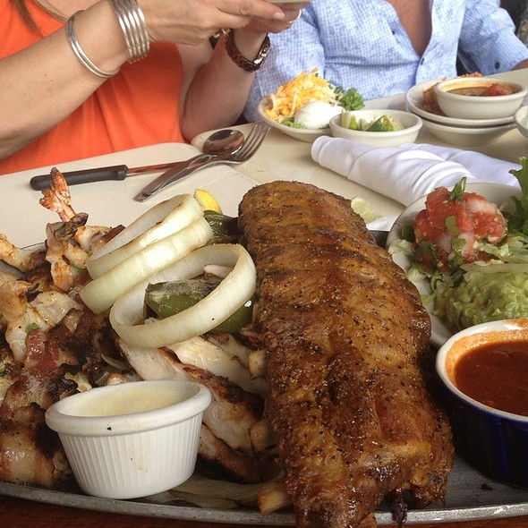 Plato Gordo @ Uncle Julio's Fine Mexican