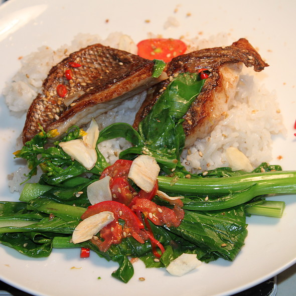 Pan Roasted Tai Snapper @ Home On The Beach
