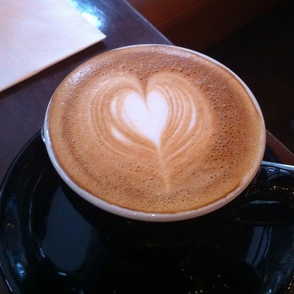 Flat White @ Oriole Cafe & Bar