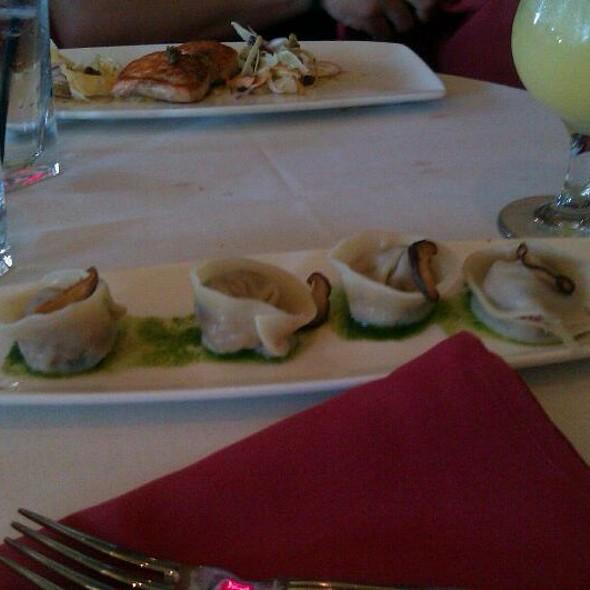 Esme foodspotting - Hawaiian fusion cuisine ...
