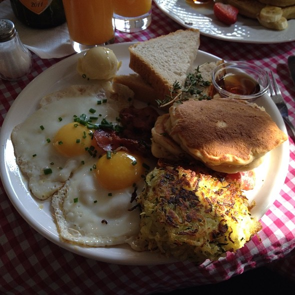 two eggs plate @ California Breakfast Slam