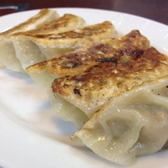餃子 @ ニュータンタンメン本舗イソゲン三ッ沢店