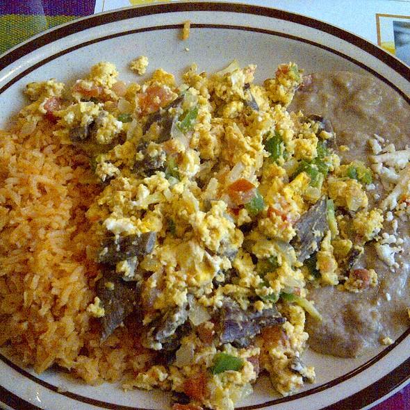 Machacado Con Huevo @ Manjares Restaurant