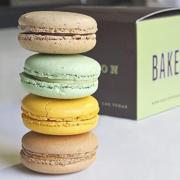Macarons @ Bouchon Bakery