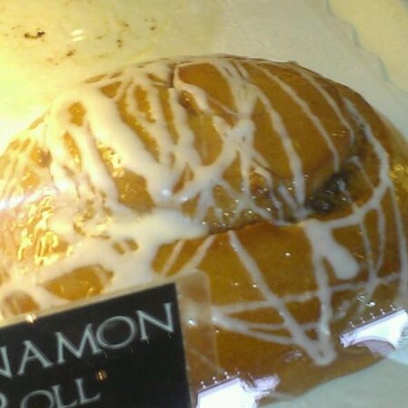 Homemade Cinnamon Roll @ Bear Moon Bakery and Cafe