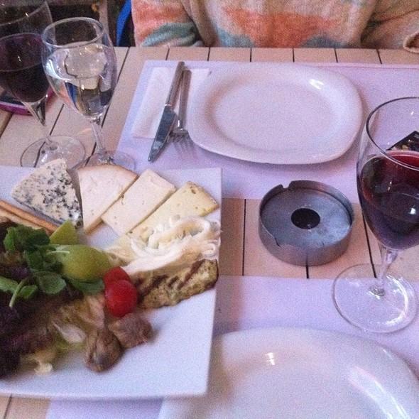 Peynir Tabagi @ Kirpi Cafe