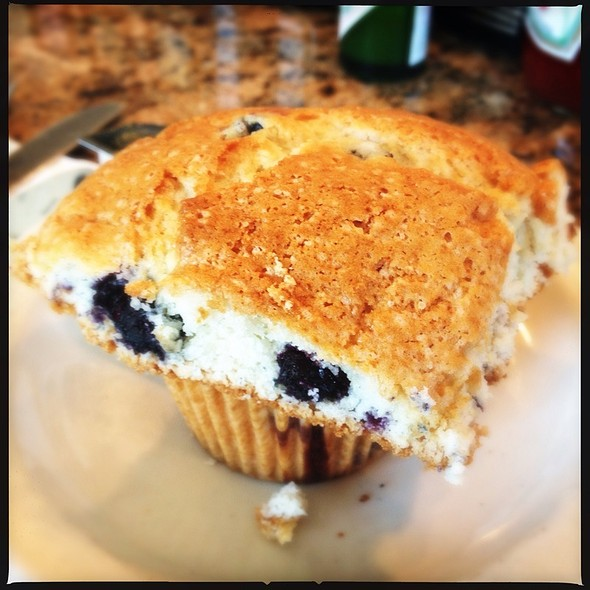 Blueberry Muffin @ Jin Sho Japanese Restaurant