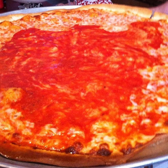 Thin Crust Pizza @ Pete & Elda's Carmen Pizzeria