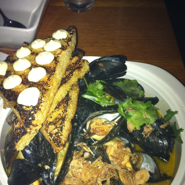 Mussels @ Olive South Lamar