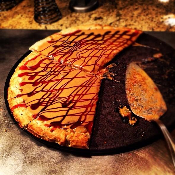 Pb&J Pizza @ Goofy's Kitchen