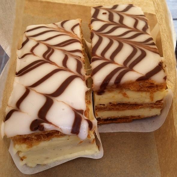 Vanilla Slice @ Fergburger