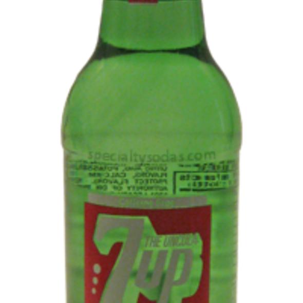 7-Up Soda  @ SpecialtySodas.com