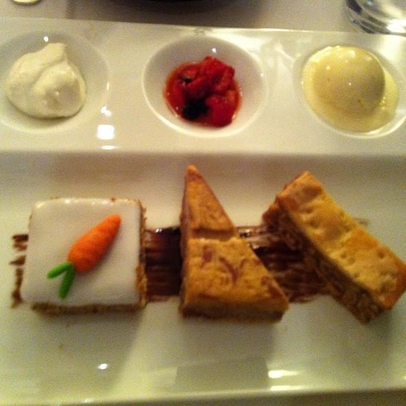Swiss Desert Tasting Plate @ みなみ@Swissotel Nankai Osaka