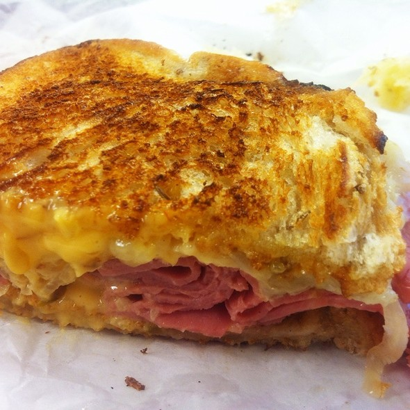 Reuben Sandwich @ Padow's City Hall