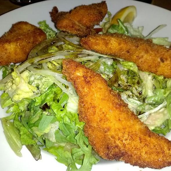 Backhendl Salat @ Müller Bräu am Wienerberg