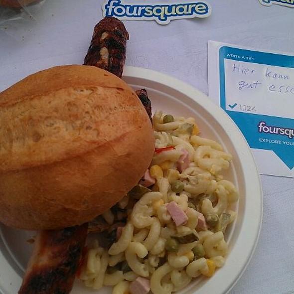 Curry Wurst @ Kehrseites's Plaza