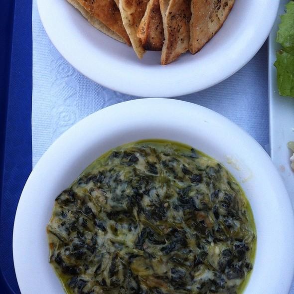 Samos Spinach Dip @ Zorba's