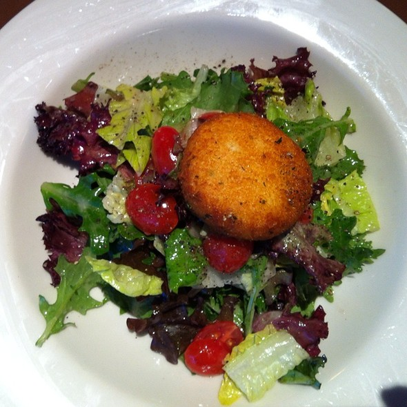 Warm Goat Cheese Salad  @  Nordstrom Cafe Bistro, St. Louis, Mo