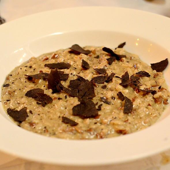 Fresh Winter Black,Porcini,Risotto  @ UNO DUO TRIO - Lana's Italian Home-cooking
