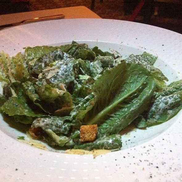 Classic Ceasar Salad With Lots Of Anchovies