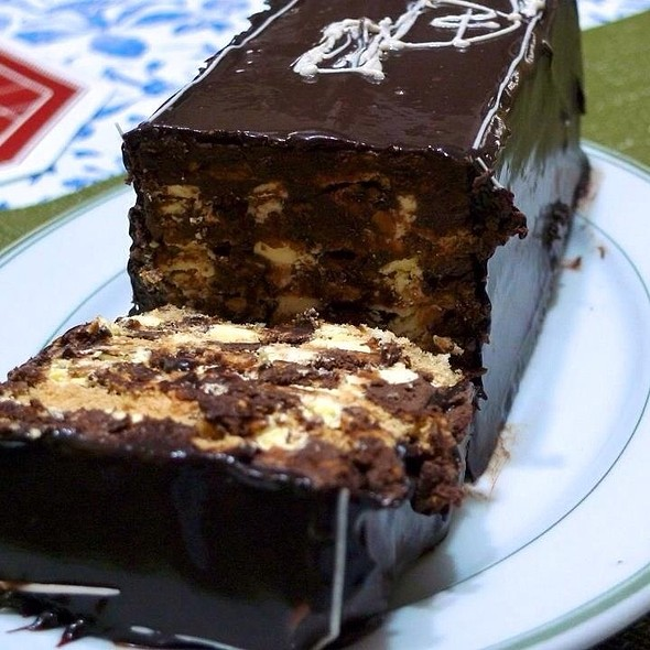 Torta Delos Reyes @ Aristocrat