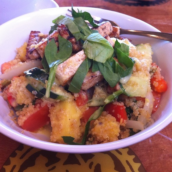 Tofu Quinoa Bowl @ Dallas Bicycle Cafe