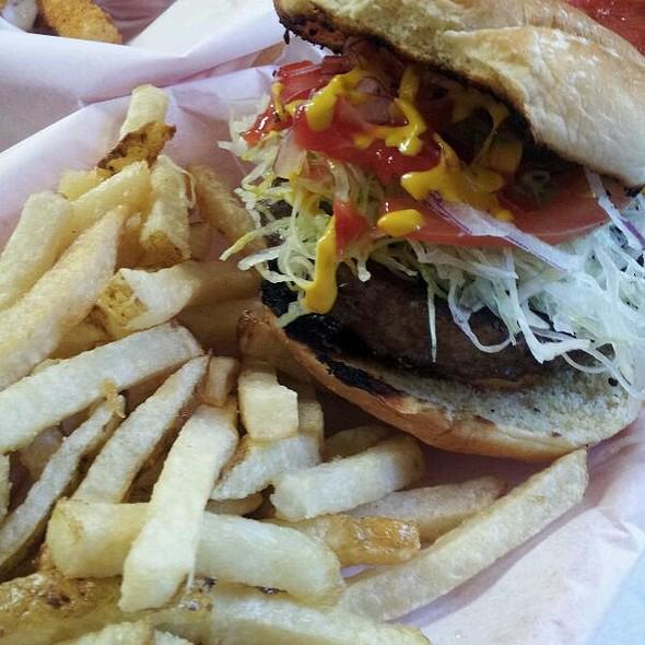 Char Cheddar Burger  @ Lefty's Chicago Pizzeria