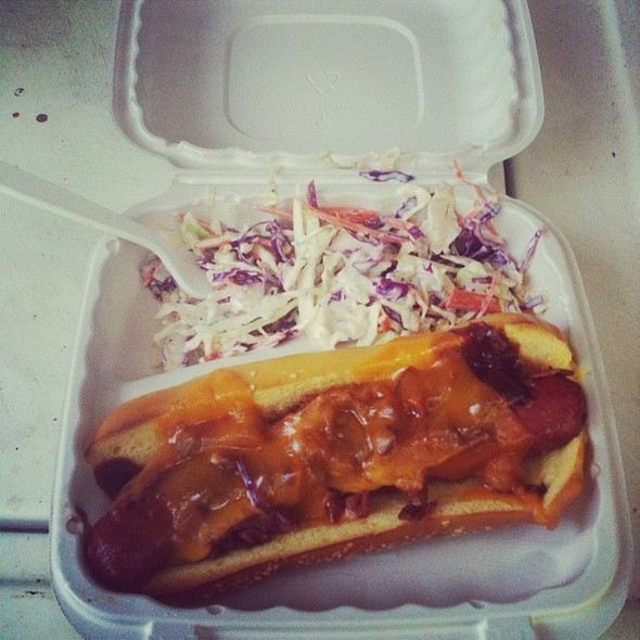 Hot Dog @ 808 Deli
