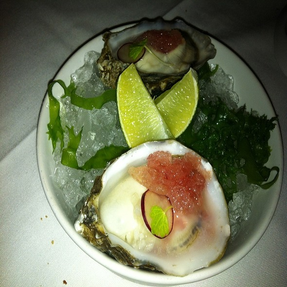 Oysters @ Alexander's Steakhouse