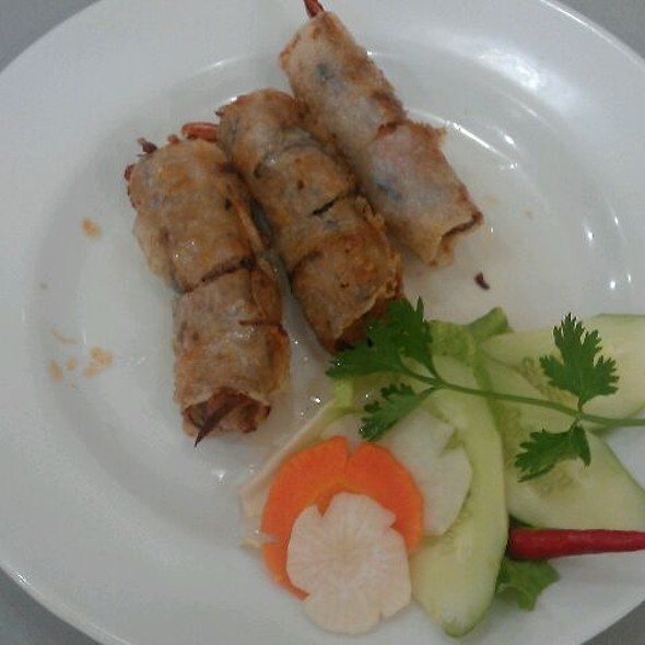 Deep Fried Spring Rolls with Shrimps