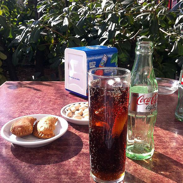 Coke and tapa