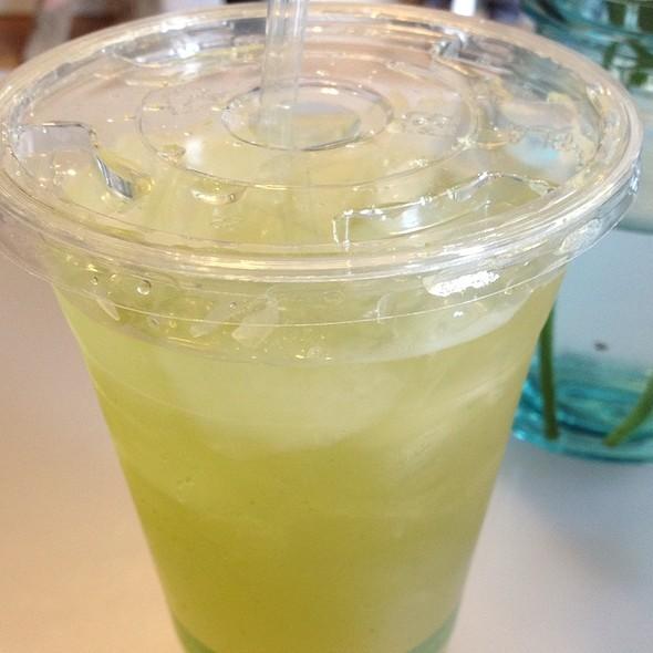 Green Lemonade @ HipCityVeg