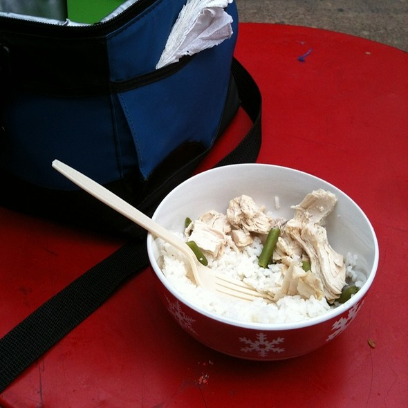 Jasmine Rice, Green Beans, And Chicken @ Time Square Free Tables
