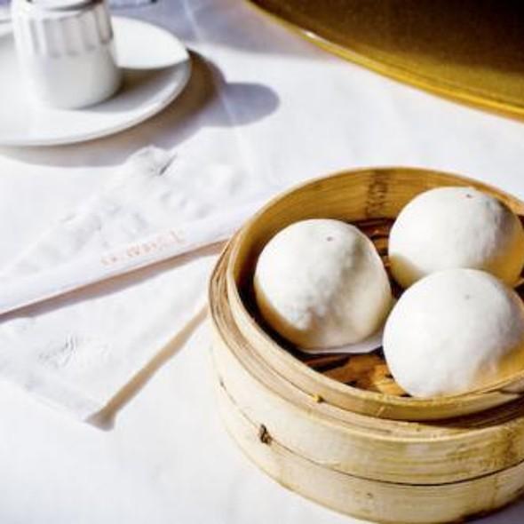 Egg Yolk Buns @ Cai
