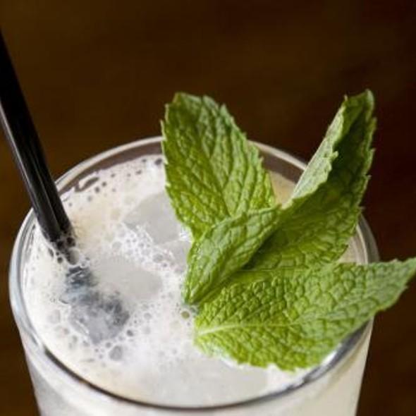 Strawberry Basil Lemonade @ Elixir
