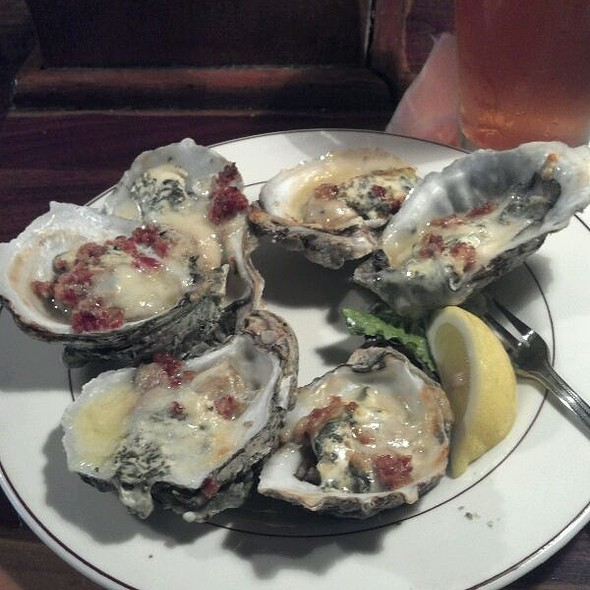 Oysters Rockefeller @ Lady Nawlins