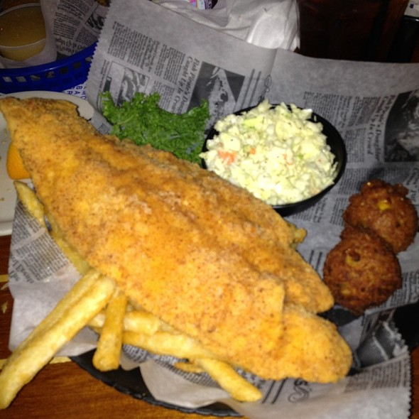 Floyd Flounder's Full Flavored Florida Flash Fried Fish @ Flounder's Chowder House