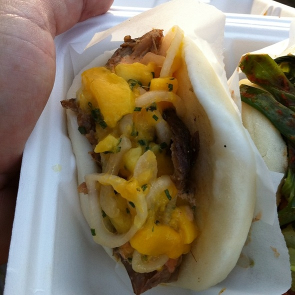 Duck Confit with Mango Salad Bao @ Chairman Bao Truck