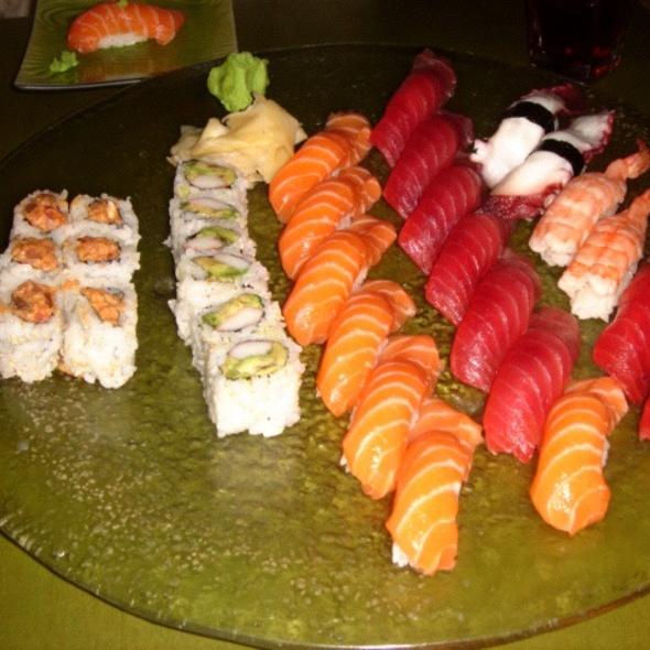 Combinado de Sushi e Sashimi @ Haru