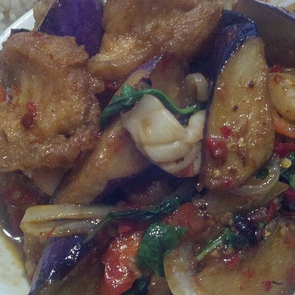 Seafood Eggplant @ Banh Thai Restaurant