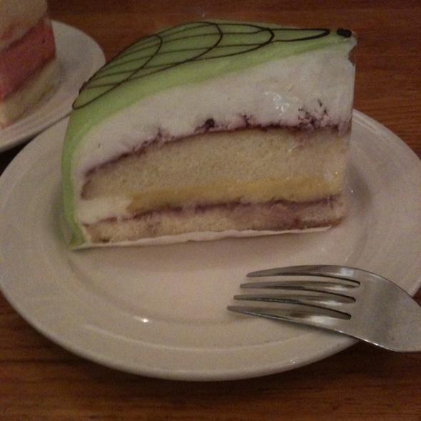 Copenhagen Bakery Cake Menu