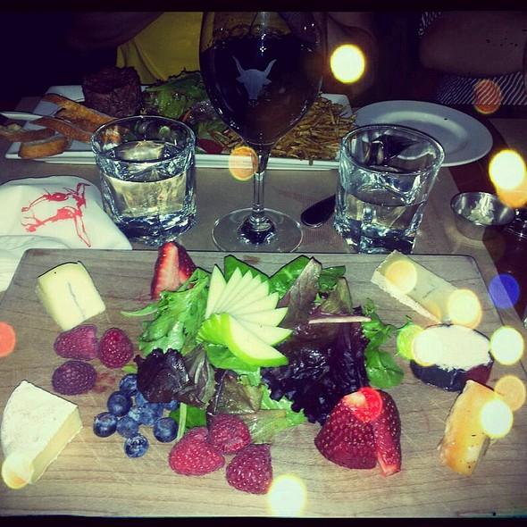 Quebec Cheese Platter @ Méchant Boeuf Bar Brasserie