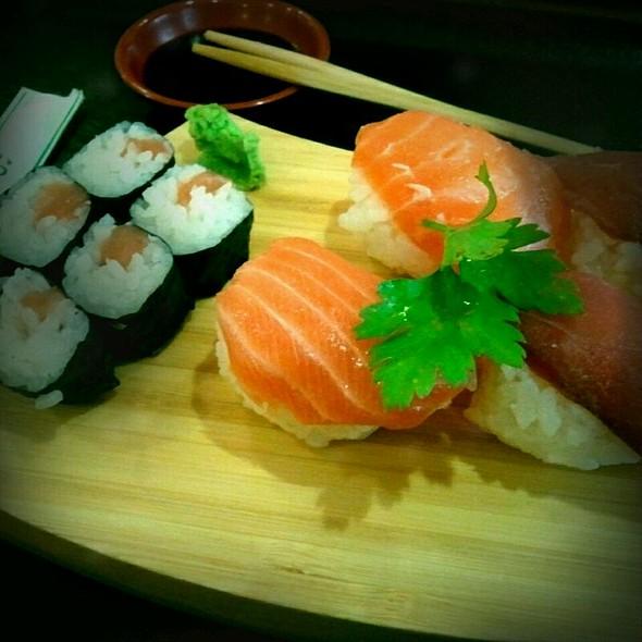 Sushi moriawase @ Take Sushi