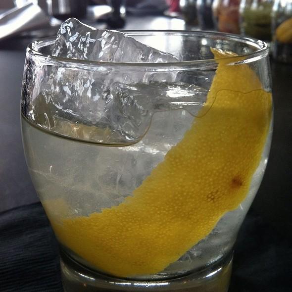 Grappa Old-Fashioned Cocktail @ Adesso