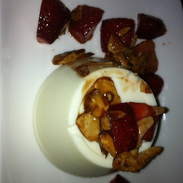 Buttermilk Panna Cotta @ Anchovies & Olives